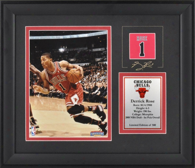 Derrick Rose Chicago Bulls Framed 6x8 Photograph By the side of Facsimile Signature And Lamina - Limited Edition Of 500