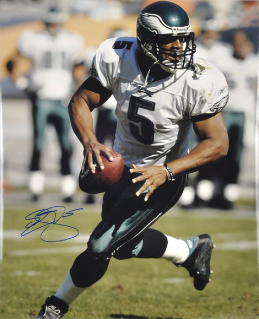 Donovan Mc Nabb Philadelphia Eagles Autographed 16x20 Photograph