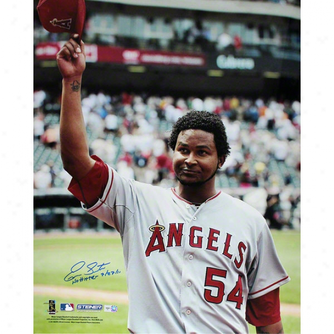 Ervin Santana Los Angeles Angels Of Anaheim 16x20 Road Jersey Salute To The Crowd Autographed Photograph