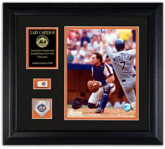 Gary Carter New York Mets - With Baseball, Medal & Dish - 16x20 Photograph