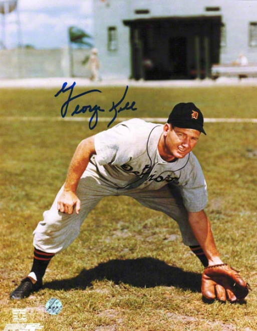 George Kell Detroit Tigers Autographed 8x10 Photo Fielfing