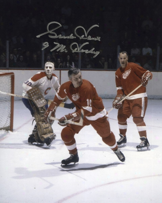 Gordie Howe Detroit Red Wings Autographed 8x10 Photograph With Mr. Hockey Inscription