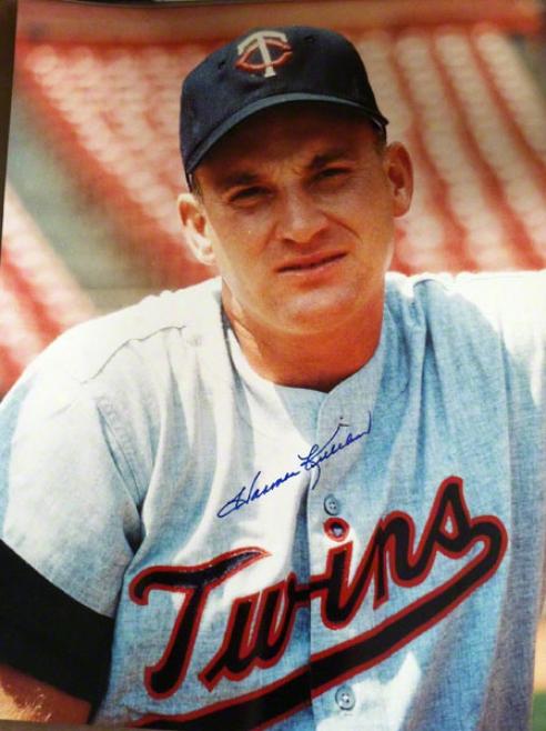 Harmon Killebrew Minnesota Twins Autographed 11x14 Photo Pose