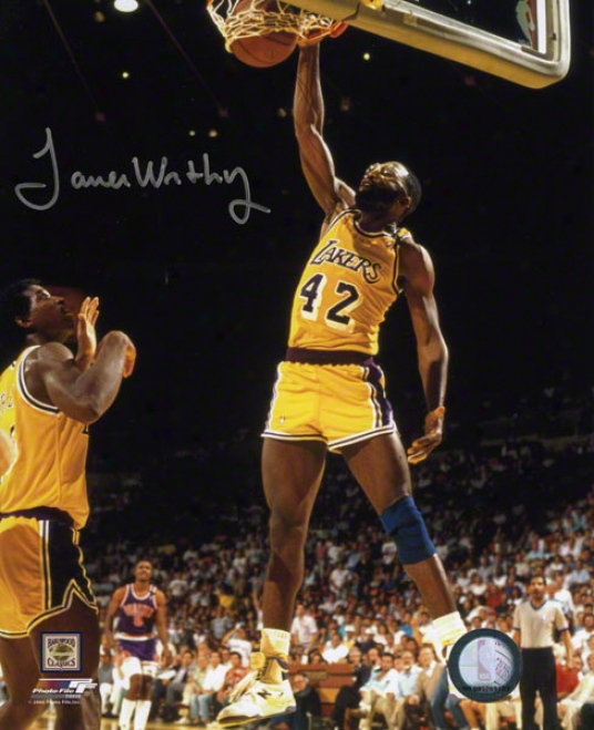 James Worthy Los Angeles Lakers Autographed 8x10 Photo