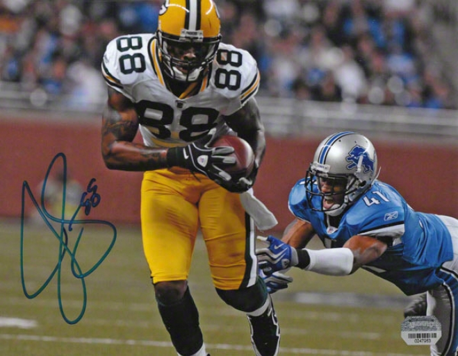 Jermichael Finley Autographed Photograph  Details: Green Bay Packers, 8x10