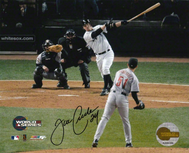 Joe Crede Chicago Whits Sox - World Series 2005 - Autographed 8x10 Photograph