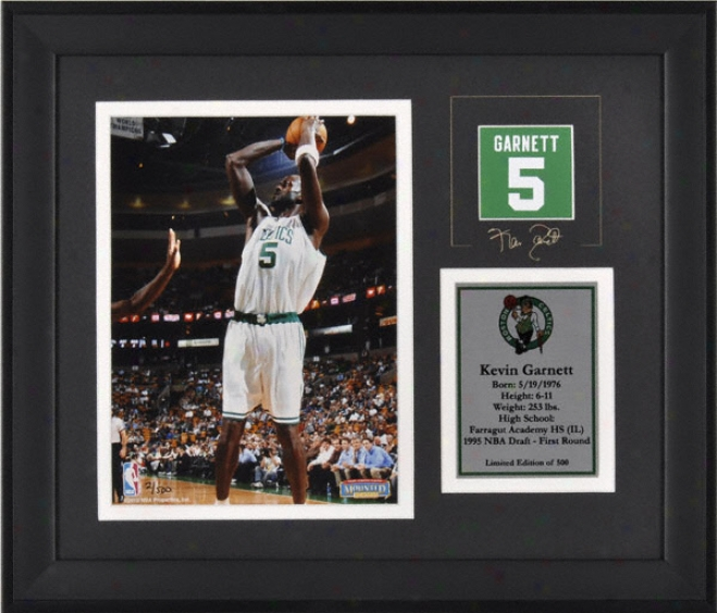 Kevin Garnett Boston Celtics Framed 6x8 Photograph With Facsimile Signature And Plate - Limited Edition Of 500