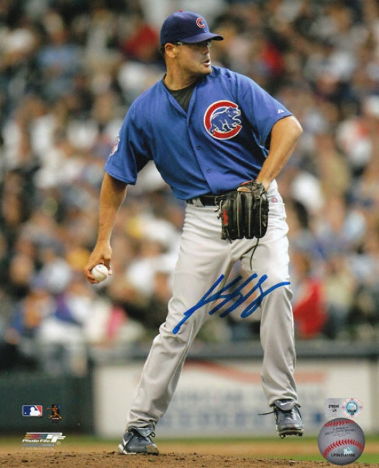 Kevin Gregg Chicago Cubs Autographed 8x10 Photograph