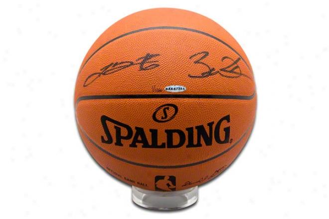 Lebron James & Dwyane Wade Miami Heat Dual Autographed Functionary Nba Baskefball