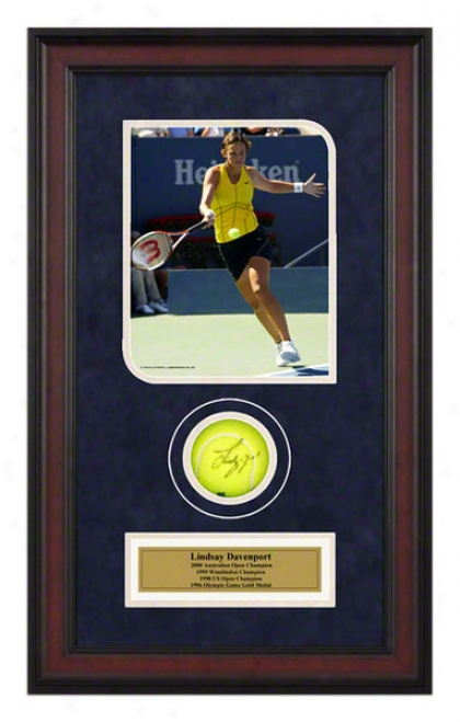 Lindsay Davenport Us Open Framed Autographed Tennis Ball With Photo