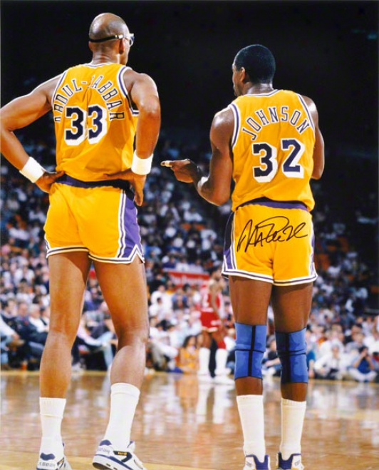 Magic Johnson Los Angeles Lakers Autographed 16x20 Photo