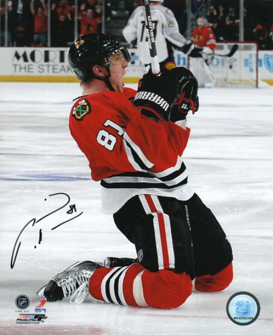Marian Hossa Chicago Blackhawks - Stanley Cup Celebration - Autographed 8x10 Photogfaph