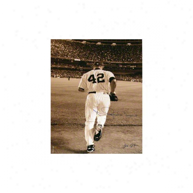 Mariano Rivera New York Yankees 16x20 Autographed Photograph 2006 Entering The Game- Sepia