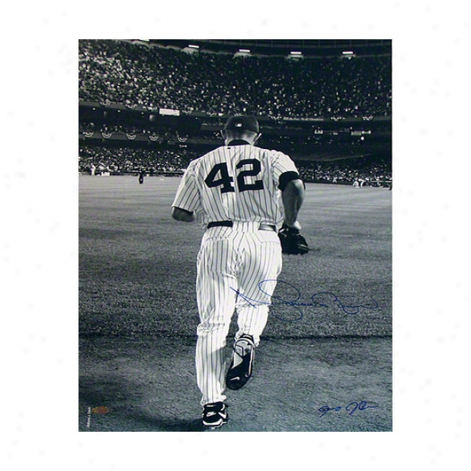 Mariano Rivera New York Yankees 16x20 Autographed Photograph 2006 Entering The Made of ~- Black And White