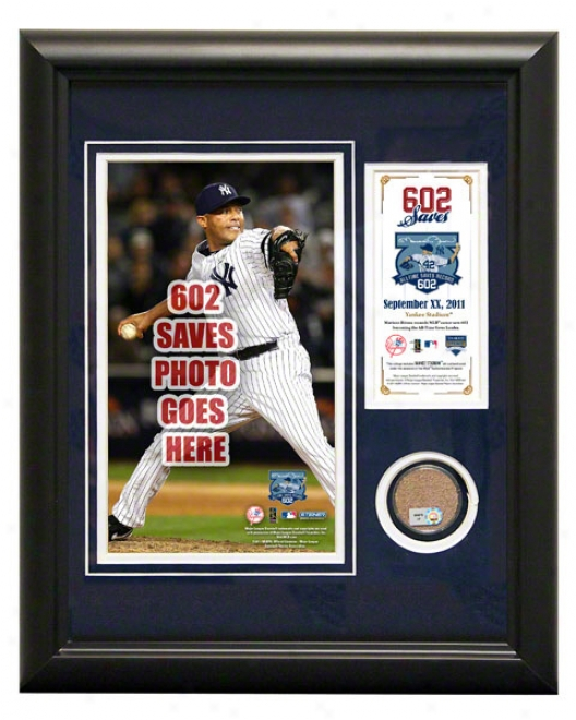 Mariano Rivera Record Breaking Save 11x14 Mini Dirt Collage: 602nd Career Save