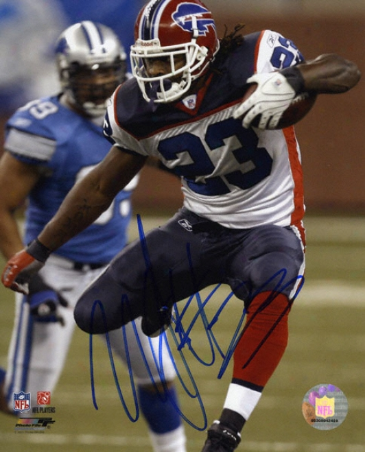 Marshawn Lynch Buffalo Bills - Running - Autographed 8x10 Photograph