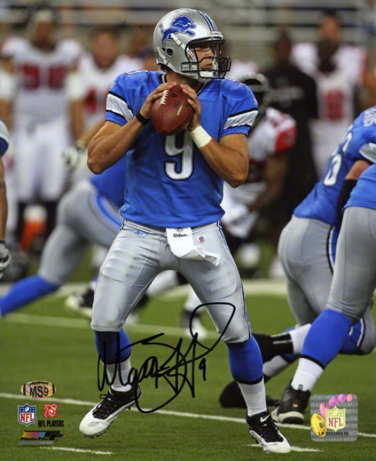 Matthew Stafford Autographed 8x10 Photograph  Particulars: Detroit Lions, Looking To Pass