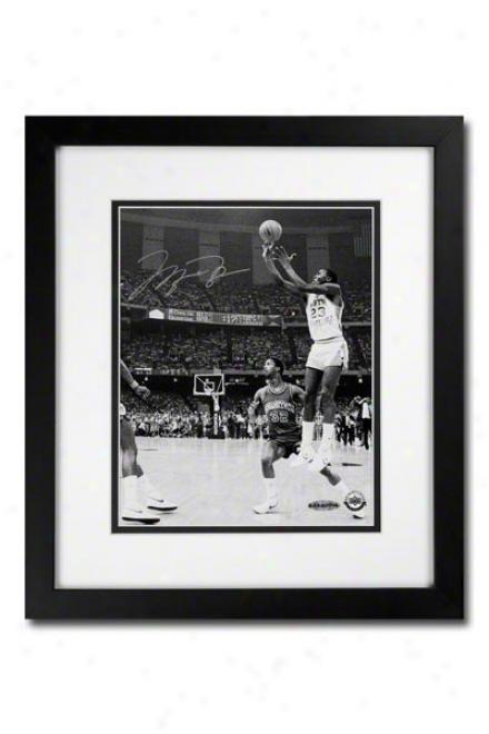 Michael Jordan Autographed Unc 17 Seconds Black And White 8x10 Framed Photograph