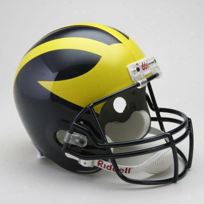 Michigan Wolverines Deluce Autograph copy Riddell Helmet
