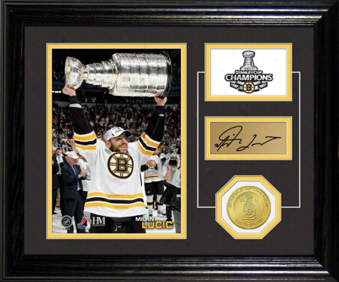 Milan Lucic Boston Bruims Stanley Cup Pride Photo Mint