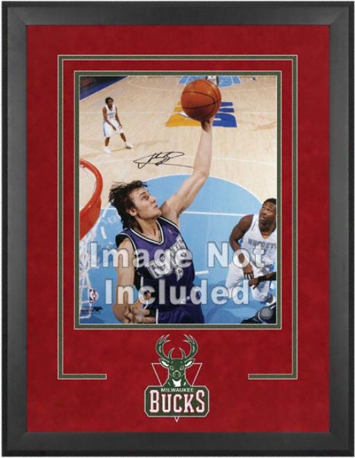 Milwaukee Bucks 16x20 Vertical Setup Frame With Team Logo