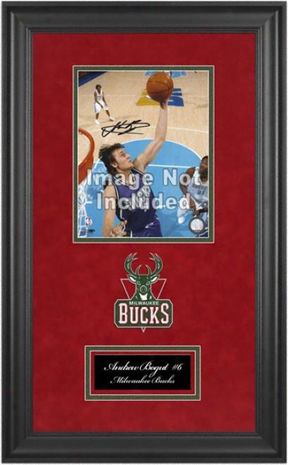 Milwaukee Bucks Deluxe 8x10 Team Logo Frame