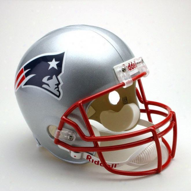 New England Patriots Deluxe Replica Riddell Full Size Helmet