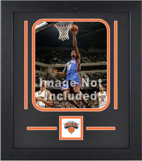 New York Knicks 8x10 Vertical Setup Frame With Team Logo