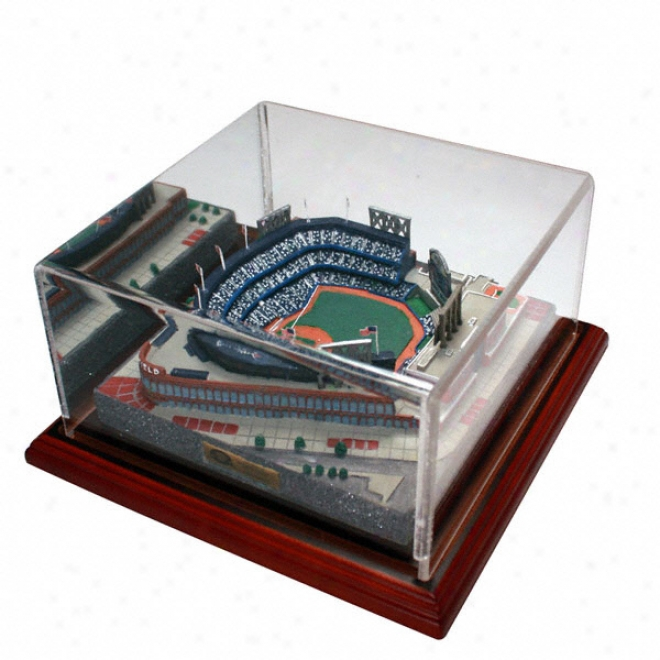 New York Mets Citi Field Replica With Case - Gold Series