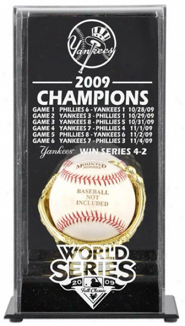 New York Yamkees 2009 World Series Champions Display Case