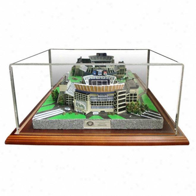 Penn State Nittany Lions Beaver Stadium Replica With Case - Platinum Series