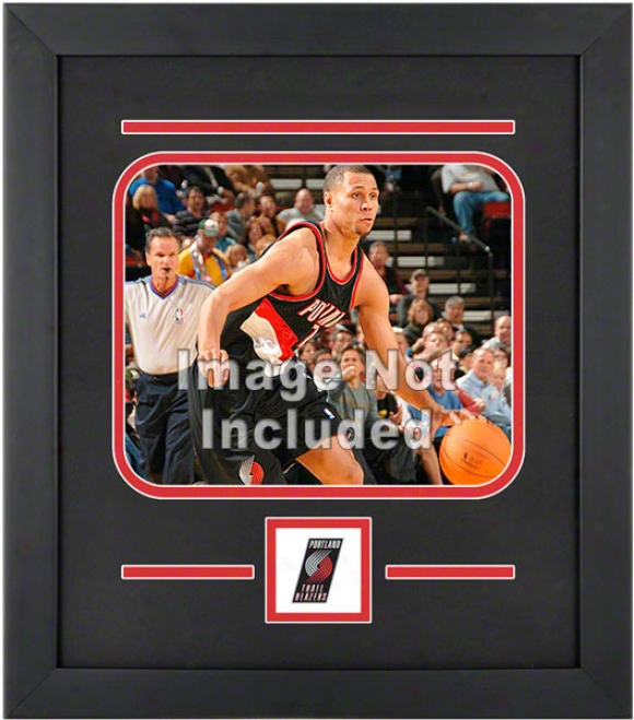 Portland Trail Blazers 8x10 Horizontal Setup Frame With Team Logo