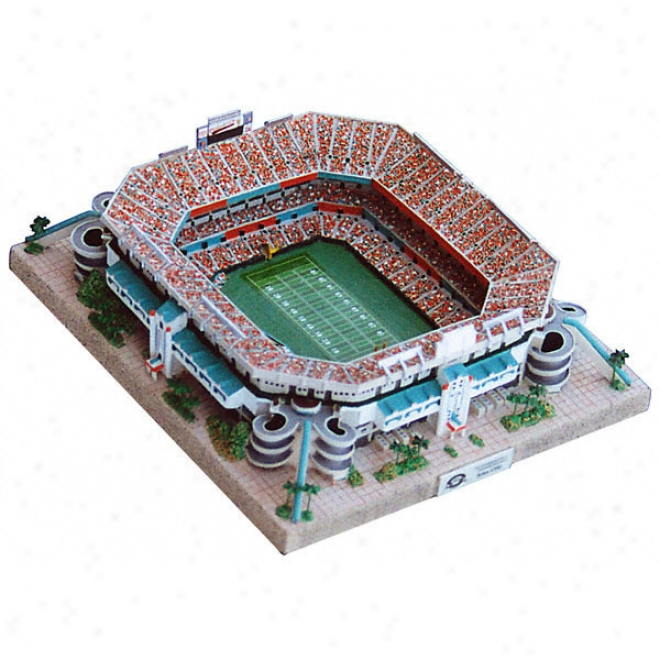 Pro Player Stadium (football) Replica - Platinum Series