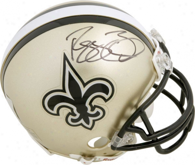 Reggie Bush New Orleans Saints Autograpyed Mini Helmet