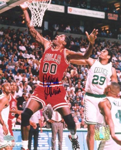 Robert Parish Chicago Bulls 8x10 Autographed Photograph