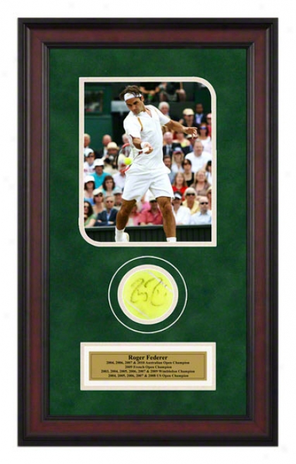 Roger Federer 2007 WimbledonM atch Framed Autographed Tennis Ball In the opinion of Photo