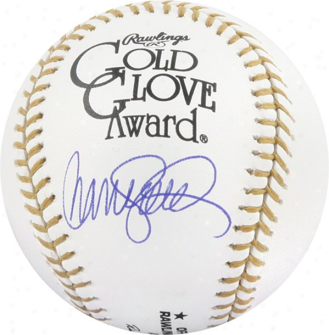 Ryne Sandberg Autographed Baseball  Particulars: Gold Glove Baseball