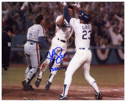 Steve Sax Los Angeles Dodgers - Gibson - Autographed 8x10 Photograph With 1982 Nl Roy Iscription