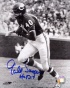 Gale Sayers Chicago Bears Black And White Autographed 8d10 Photograph With Hof 77 Inscription