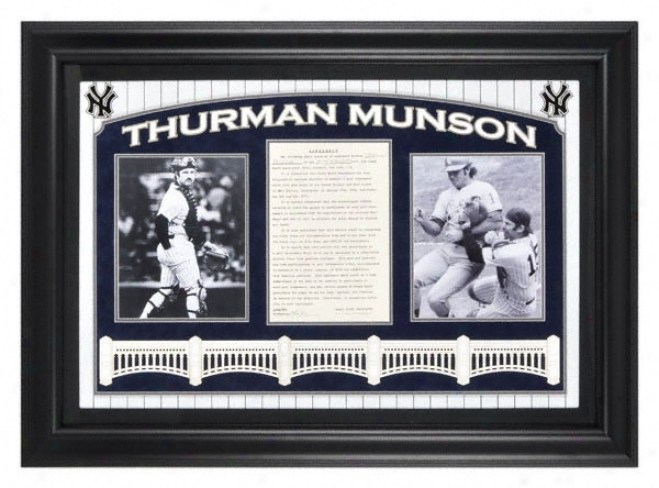 Thurman Munson Framed Auto Cut (deluxe W/logo)