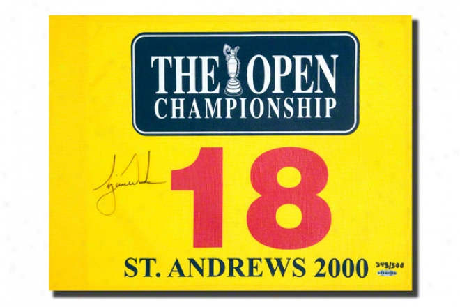 Tiger Woods Autographed 2000 British Open Pin Flag