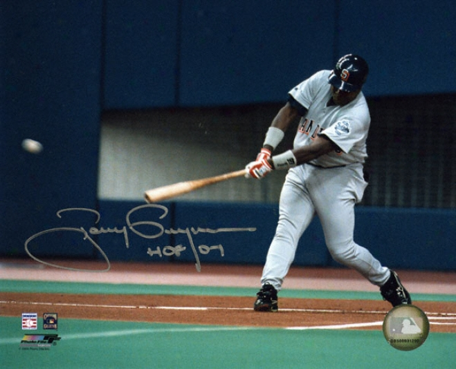 Tony Gwynn San Diego Padres Autographed 810 Photograph With Hall Of Fame 2007 Inscription