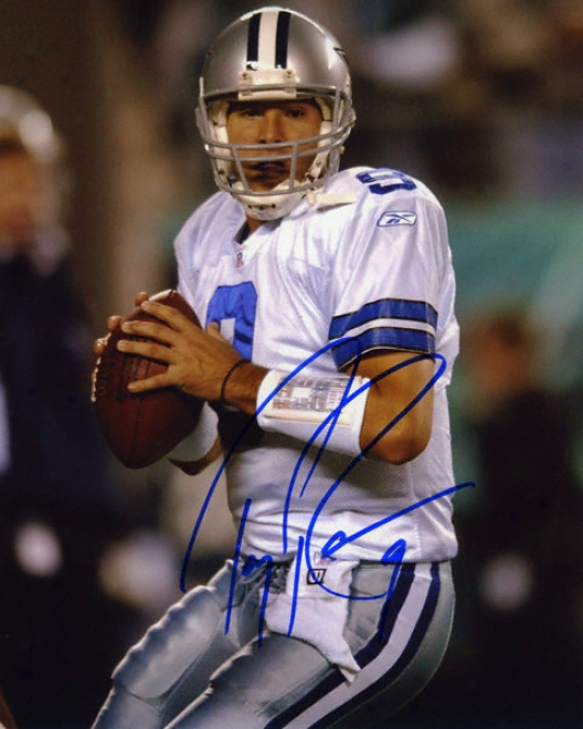 Tony Romo Dallas Cowboys Autographed 8x10 Photograph