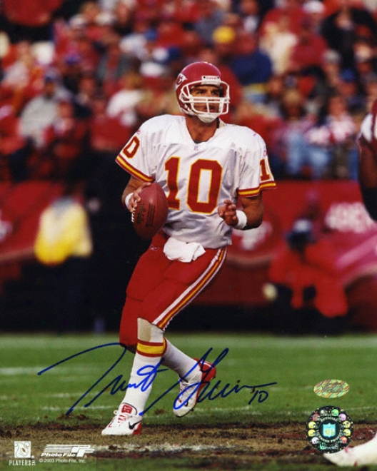 Trent Green Kansas City Chiefs - Dropping Back To Pass - 8x10 Autographed Photograph