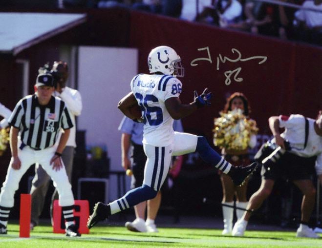 Troy Walters Indianapolis Colts - Scoring Touchdown - 8x10 Autographed Photograph