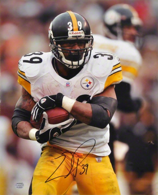Willie Paeker Pittsburgh Steelers - Protectimg The Ball - 16x20 Autographed Photograph