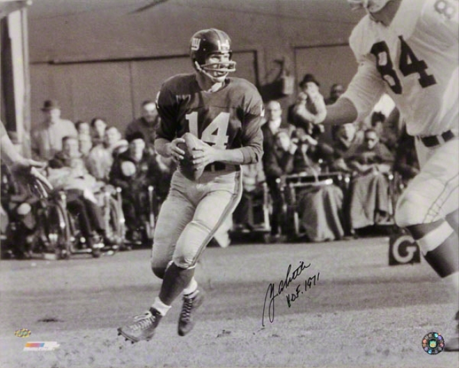 Y.a. Tittle Novel York Giants 16x20 Autographed Black And White Photograph Through  Hof 1971 Inscription