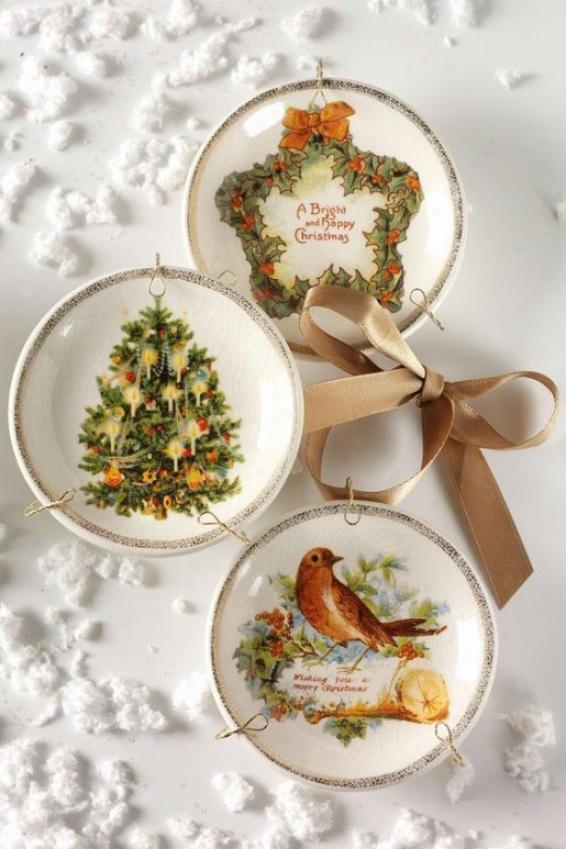 Vintage Christmas Plate Ornaments - Set Of 3 - Stud Of Three, Assorted