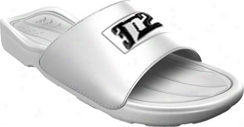 3n2 Slide Shower Sandal (men's) - Of a ~ color
