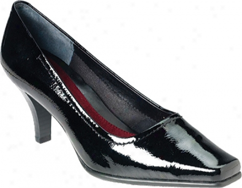Aerosoles Envy (women's) - Black Patent Leather